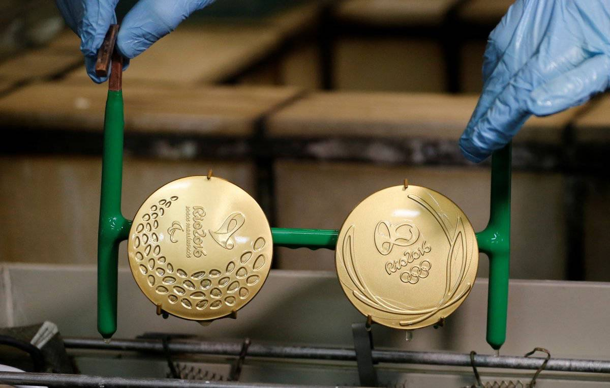 Making Rio Medals09