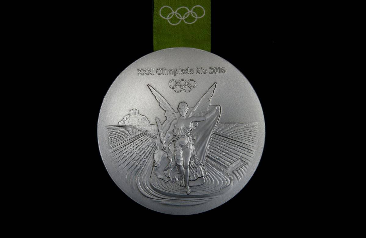 Making Rio Medals23